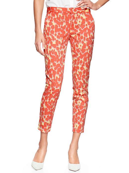 Offert en plusieurs motifs, ces pantalons sont parfaits pour l'été! GAP http://www.gapcanada.ca/browse/product.do?cid=5697&vid=1&pid=351511093