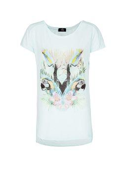 Un T-shirt parfait pour affronter les canicules québécoises!   http://shop.mango.com/CA-fr/p0/mango/vetements/tops/t-shirts/t-shirt-imprime-toucan/?id=83208751_88&n=1&s=prendas.tops&ie=1&m=&ts=1367283538439